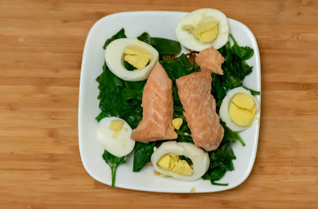 Salmon, eggs and spinach