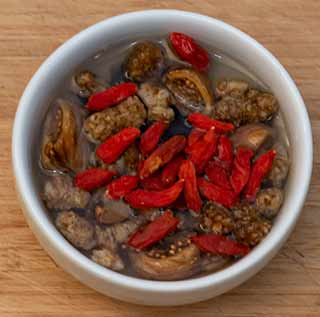 Goji Berries with dried fruit